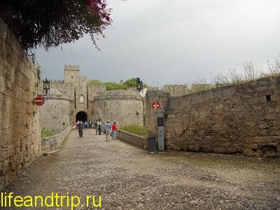 крепость в Родосе